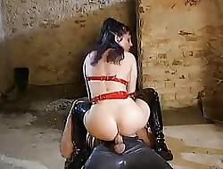 Video porno in pelle - porn porno estremo.