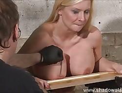 Busty xxx videos - you tube bondage